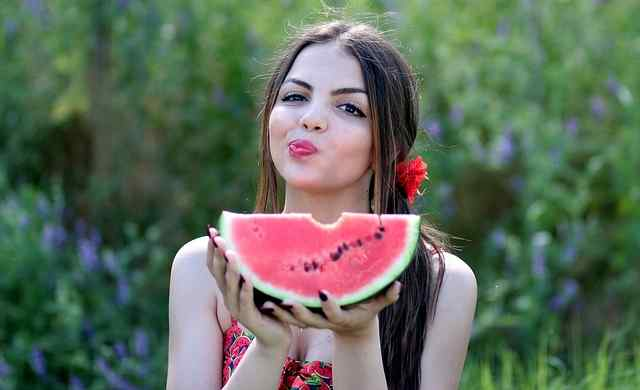 health benefits of eating melons